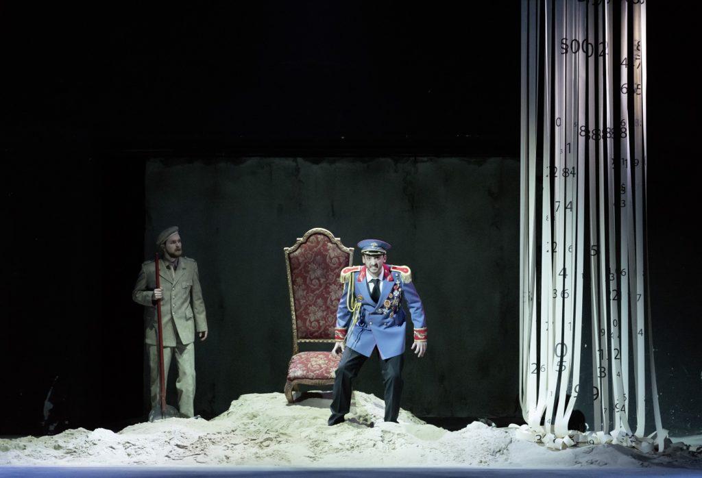 De tirannieke keizer (Foto: Theater an der Wien)