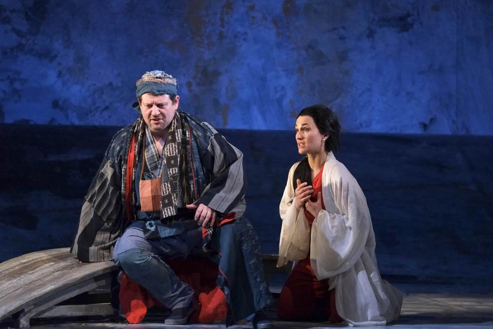 Het schitterende liefdesduet van Léïla en Nadir (Foto: Opéra Royal de Wallonie)