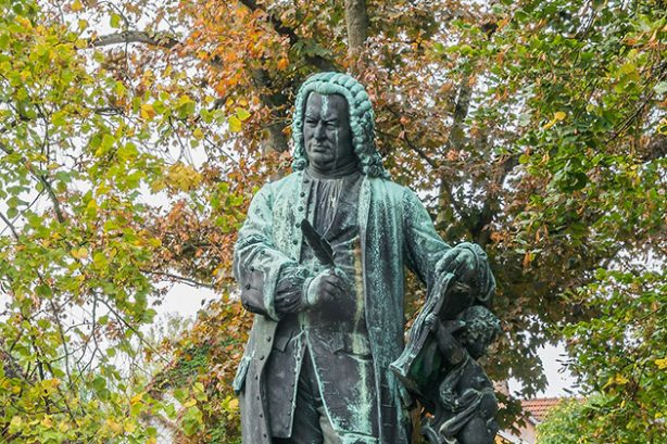 Standbeeld van Bach bij het Bachhaus, Eisenach